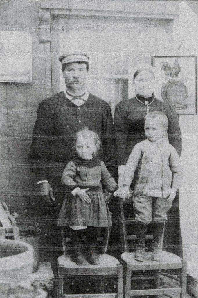 famille fondateur ecailler restaurant oleron